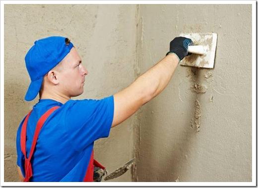 Как правильно штукатурить стены?