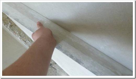 Как выровнять стены шпаклевкой под обои?