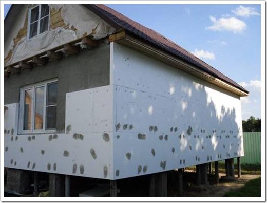 Как утеплить стены деревянного дома?