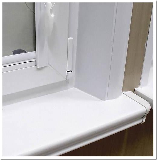 Как обшить окно пластиковыми панелями?