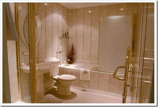 Как отделать туалет пластиковыми панелями?