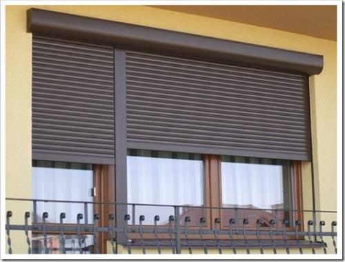 Использование вертикальных жалюзи в общественных помещениях
