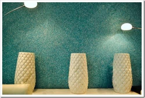 Как выполнять нанесение жидких обоев на стены?