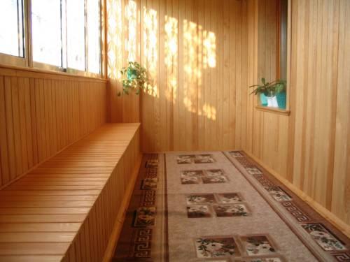 Обшивка балкона вагонкой: основные этапы