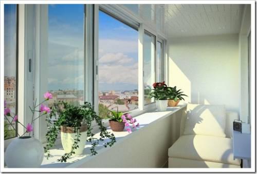 Применение пластика для остекления балкона