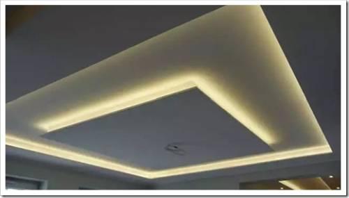 Что лучше: подвесной или натяжной потолок?