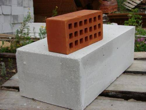 кирпич и блок