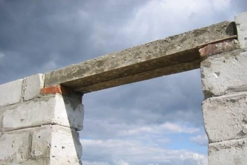 Где используются бетонные перемычки