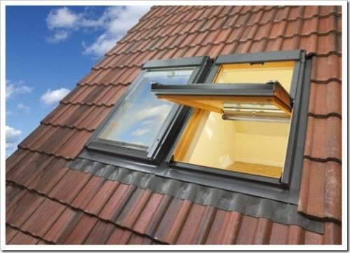Протекание мансардного окна