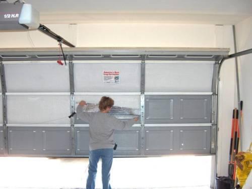 Как утеплить секционные ворота