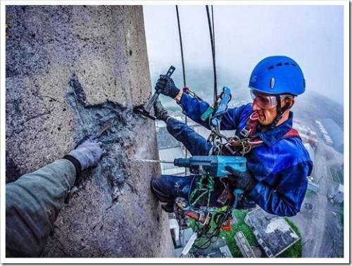 Как происходит работа промышленного альпиниста?