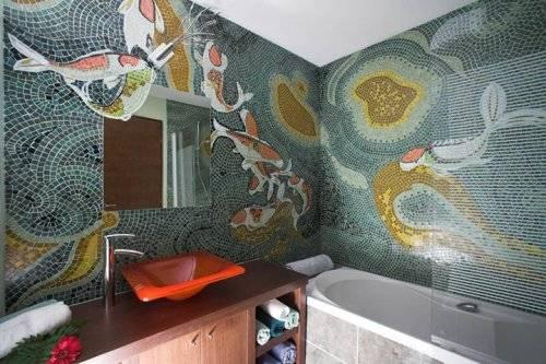 Как клеить мозаику на стену в ванной