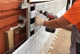 Как монтировать фасадные панели