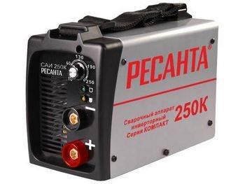 Купить Аппарат сварочный инверторный РЕСАНТА САИ250К 9,3 кВт, компакт