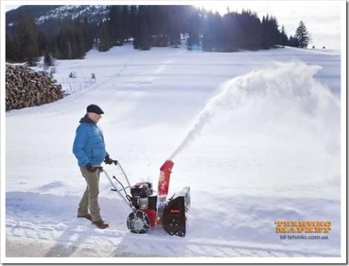 По каким критериям выбирать снегоуборщик?