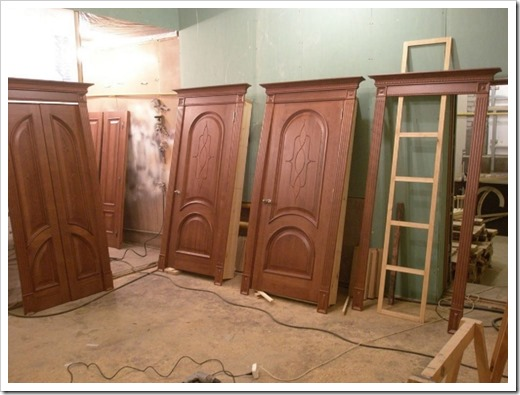Виды древесины, используемые в производстве дверей