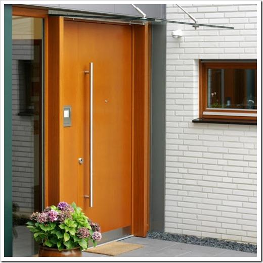 Базовые характеристики входной двери для загородной недвижимости